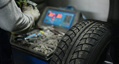 Можно ли пройти ТО при шипованных колесах или зимой на летней резине? Какие бывают марки шин для техосмотра?