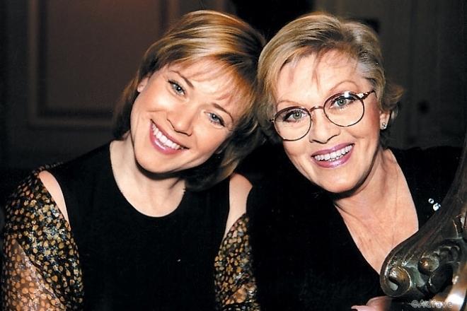 Красиво стареть: в Сети сравнили 82-летнюю Алису Фрейндлих и Софи Лорен