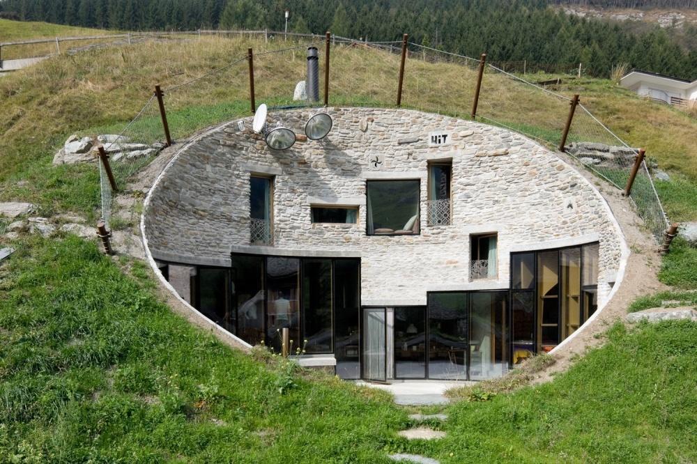 10 удивительных домов, безопасно скрытых от глаз