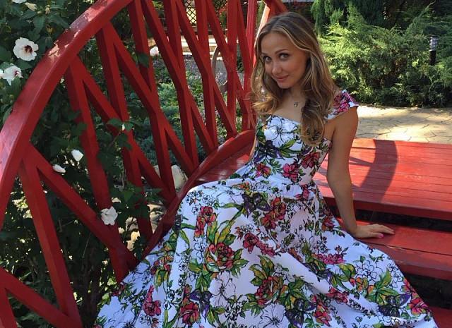 «Бог наказал или порчу навели»: Евгения Власова рассказала почему попала в больницу.