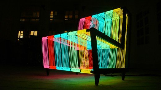 новый креативный стул из электролюминесцентного провода