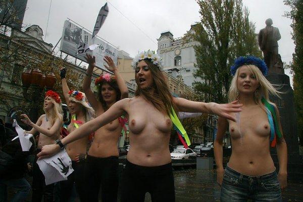 smotret-russkoe-porno-novinki-so-zrelimi
