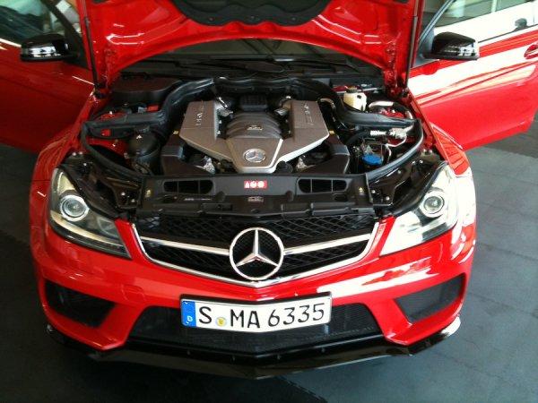 Mercedes суперкар C - класса (5 фото)