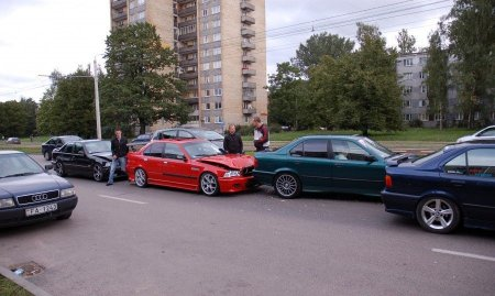 Четверка BMW (5 фото)