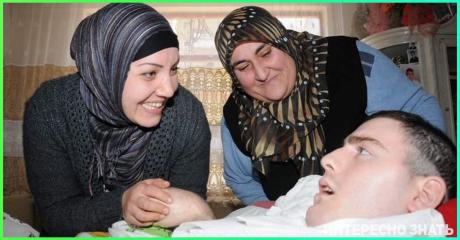 В Турции умер россиянин, которого после ДТП 10 лет выхаживала бедная турчанка