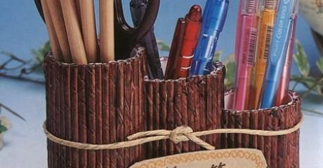Емкости для хранения ручек, карандашей и фломастеров