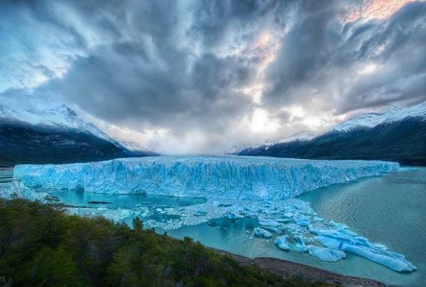 Фотограф оставил камеру на льду. Через пару минут она засняла то, что встревожило всех!