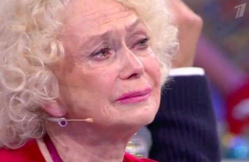 Любовь всю жизнь: Светлана Немоляева 7 лет оплакивает любимого супруга.
