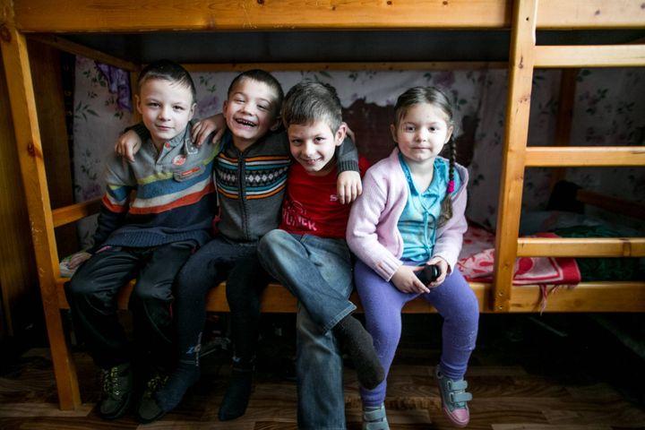 Изображение - Помощь малоимущим семьям в россии в 2019-2020 – 2019 году material-naya-pomosch-ot-soczaschity-v-2019-godu-kak-poluchit-4