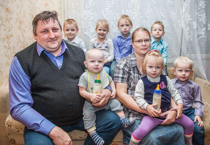 Изображение - Помощь малоимущим семьям в россии в 2019-2020 – 2019 году material-naya-pomosch-ot-soczaschity-v-2019-godu-kak-poluchit-5