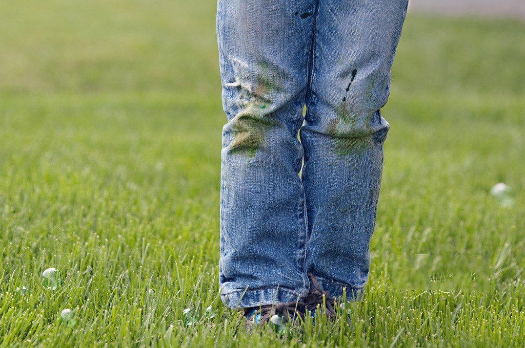Пятна от травы: как избавиться