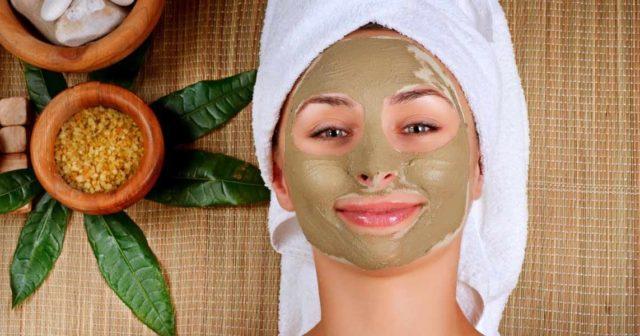 Лечебные маски из глины Мултани Митти: 5 полезных рецептов