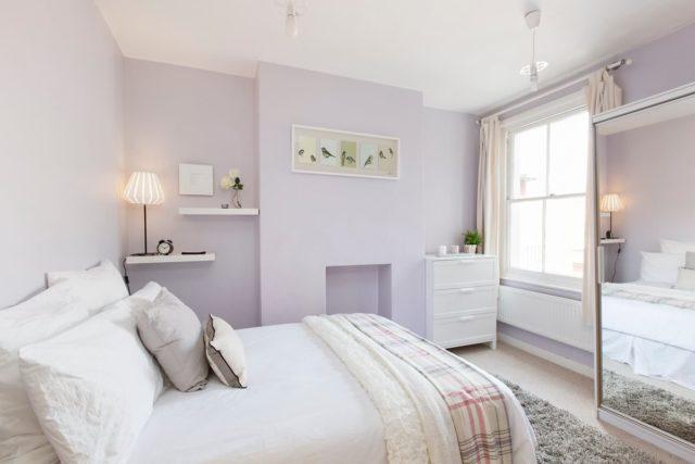 Три главных правила выбора обоев для спальни