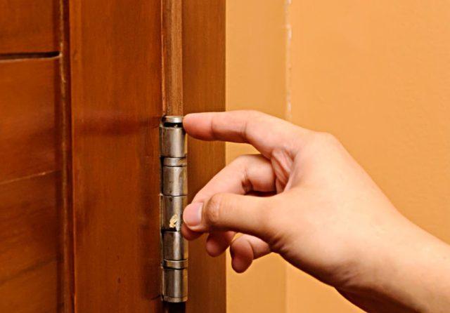 Что делать, если двери и ящики скрипят