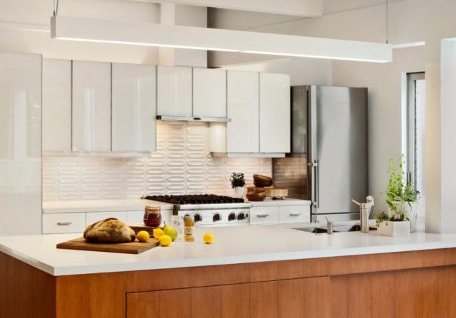 Что поможет отмыть от жира фартук на кухне