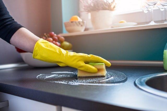 Чистая кухня, значит в доме хорошая хозяйка