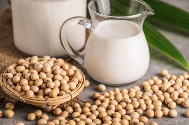 «Оно не простое»: Соевое молоко: польза и вред здоровью